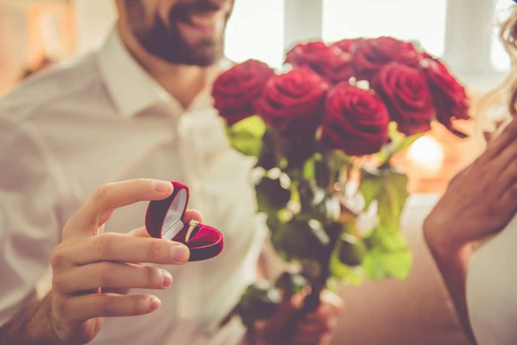 花束 指輪 プロポーズ