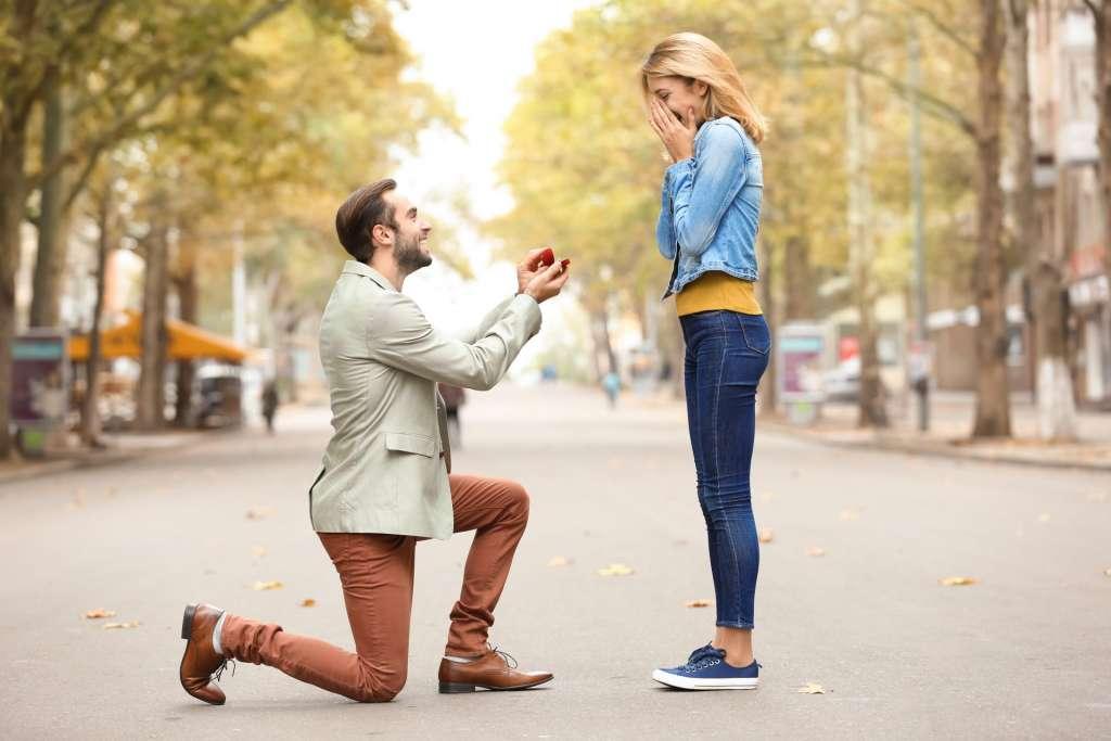 屋外 プロポーズ