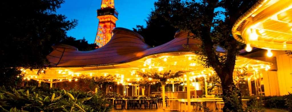 東京タワーとビアガーデン